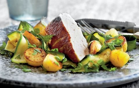 Parmastegt kylling med squash og kartofler   5:2 opskrift