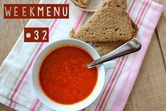 Inspiratie voor het avondeten nodig? Bekijk dan dit weekmenu, vol met lekkere en simpele recepten die zo klaar zijn. Denk aan rijst met zelfgemaakte kip kerriesaus en wraps met kip en tomaat. Bekijk hier alle weekmenu's. Maandag – Rijst met kip-kerrie Dinsdag – Paprika-tomatensoep Woensdag – Pasta met tonijn-roomsaus Donderdag – Doperwtenstamppot met gerookte kip...Lees Meer »