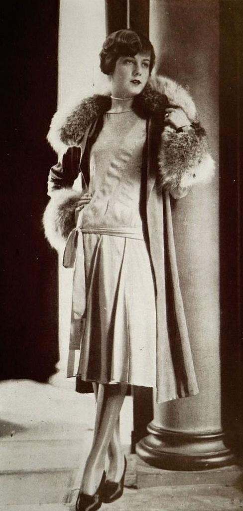 Paris Fashion - 1930 - Ensemble by Lucien Lelong - @~ Watsonette