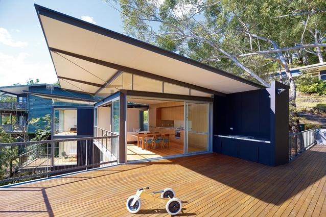 Avoca Beach House   ArchitectureAU - Architect Prineas - Image:  Brett Boardman