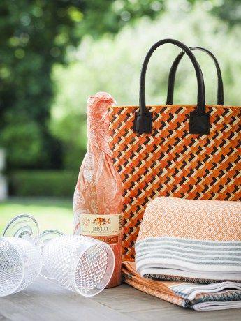 Emergency Sunset Beach Basket - https://rubyroadafrica.com/shop-online/lifestyle/shop-beach-gifts-online/emergency-sunset-beach-basket-mungo-detail