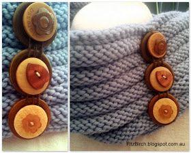 FitzBirch Crafts: Button Cowl