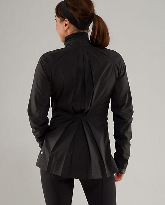 Lululemon - Ahead of the curve jacket