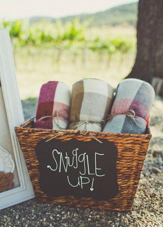 Wedding ideas | plaid flannel fleece blanket favors fall winter
