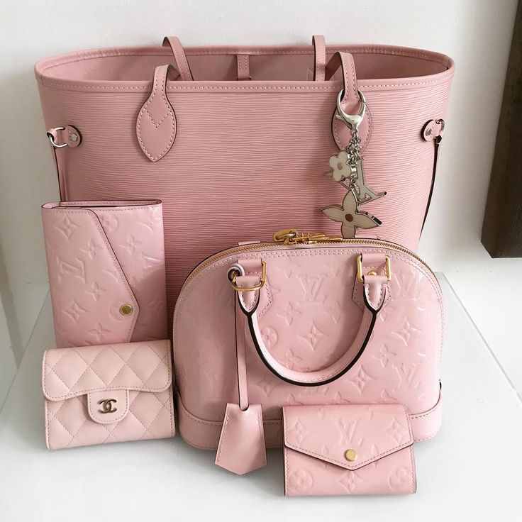 #Louis #Vuitton #Handbags Collection In Pink. Best LV Classic Bags For Fashion Women.