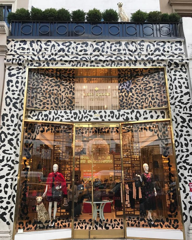 """KATE SPADE, Madison Avenue, New York, """"Spotted: a little friend on the rooftop"""", pinned by Ton van der Veer"""