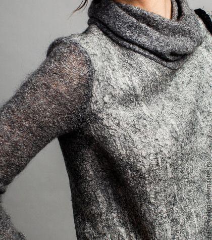 Купить или заказать авторское платье 'Gray ' в интернет-магазине на Ярмарке Мастеров. очень удобное повседневное и в тоже время элегантное авторское платье с ассиметричной линией низа выполнено в технике нуновойлок воротник ,рукава и отделка из тончайшего итальянског…