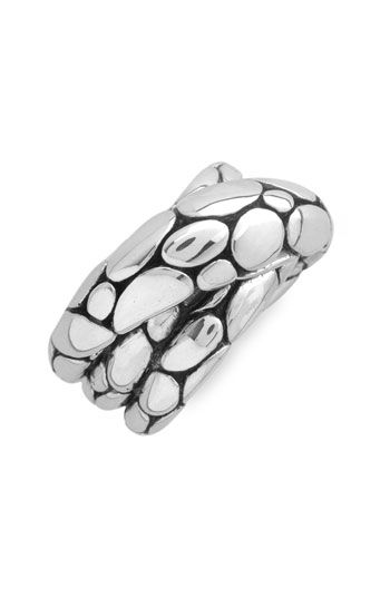 John Hardy ring... because he's nice and has great taste in jewelry for me. ♥