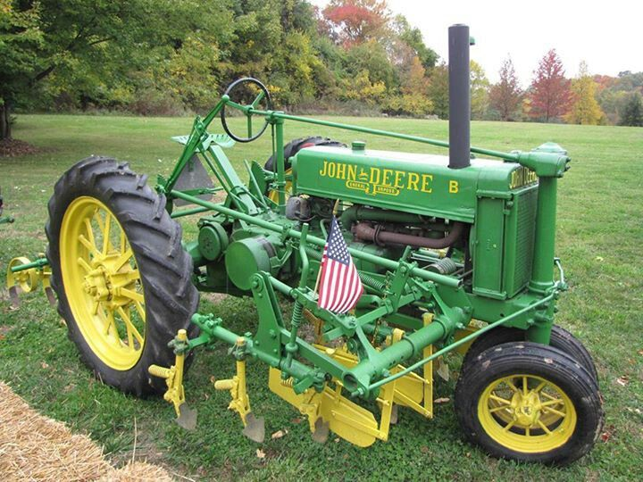 748b28ffe606b1fa638ebfa2d7b0d43d small tractors old tractors best 25 john deere mowers ideas on pinterest john deere garden John Deere Alternator Wiring Diagram at pacquiaovsvargaslive.co