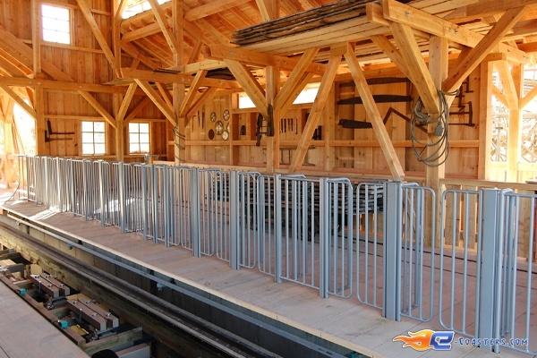 22/22 | Photo du Roller Coaster Mammut situé à Tripsdrill (Allemagne). Plus d'information sur notre site http://www.e-coasters.com !! Tous les meilleurs Parcs d'Attractions sur un seul site web !! Découvrez également notre vidéo embarquée à cette adresse : http://youtu.be/i8S4p9Z_JM8