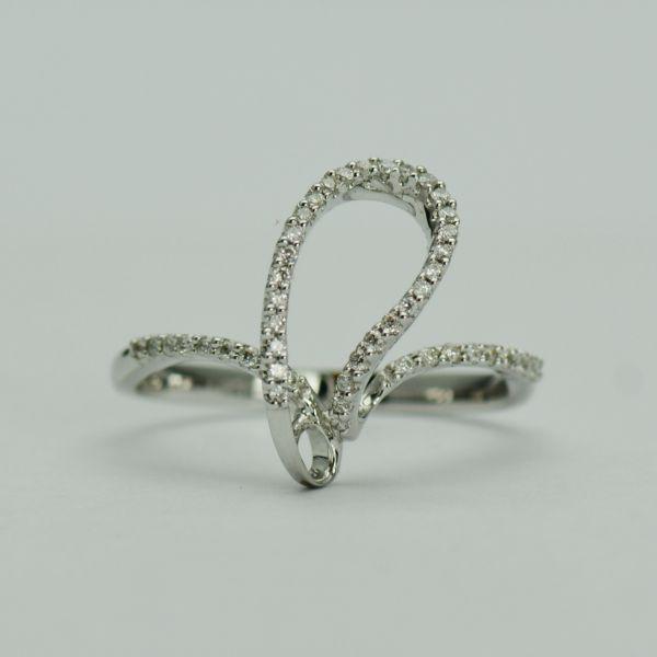 Inel aur alb 14k cu diamante