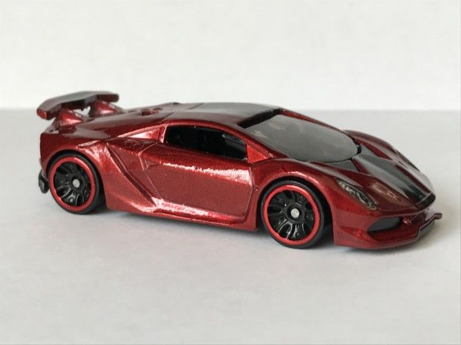Lamborghini Sesto Elemento Cranberry Red Metalflake With Black