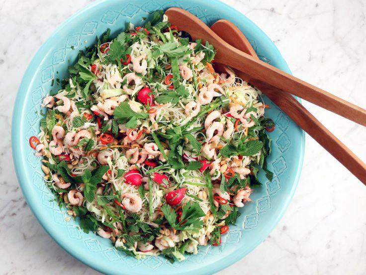 Vietnamesisk räksallad med risnudlar | Recept från Köket.se