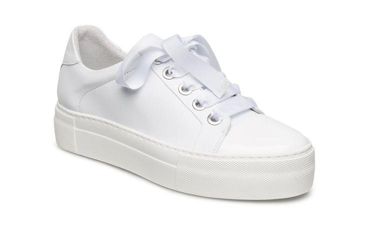 Vi har Billi Bi Shoes (White Patent/white Nappa 233) i lager på Boozt.com, för enbart 769.45 kr. Senaste kollektionen från Billi Bi. Shoppa tryggt & säkert, snabb leverans.