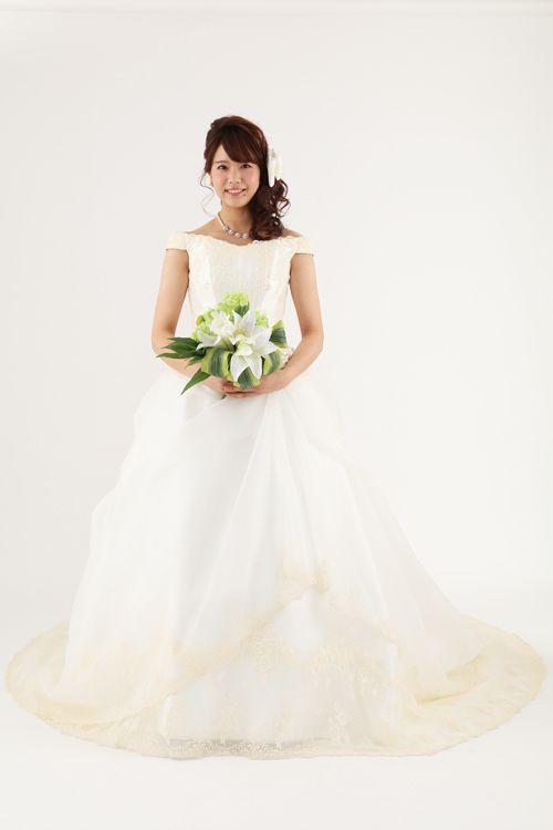ウェディングドレス グレース|ウェディングドレスのレンタルなら大阪ピノエローザへ