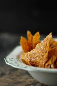 Amazing dehydrated/raw corn tortilla chips! Must try :) I used corn, onion, garlic and mixed bell peppers. Play around with the amounts until you find your perfect combo!