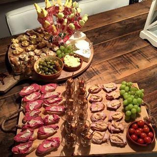 Vandaag op de blog. Tips en tricks voor de ideale borrelplank voor oud en nieuw. #borrelplank #food #foodenso #foodblog #foodie #dutchblogger #oudejaarsavond