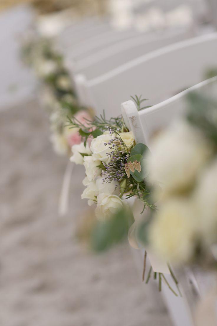 OKASIE | Floral aisle details