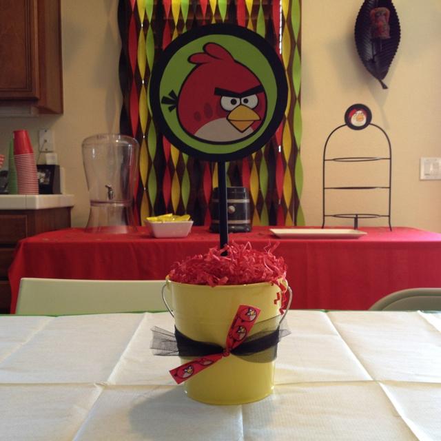 Angry Bird centerpiece