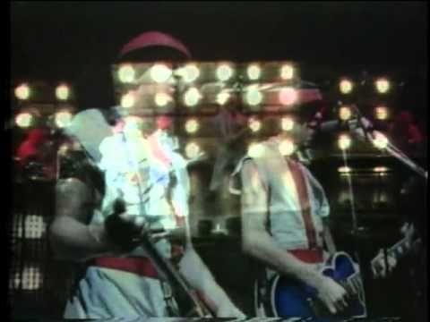 ▶ Devo - Live 1980 - YouTube