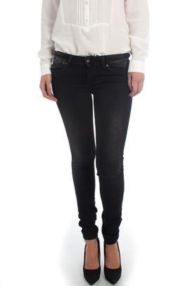Pantalón Vaquero Pepe Jeans Misty Negro. Sencillo y elegante. Perfecto para el día a día. #moda #ropa #fashion #style #tendencias #mujer #pantalón #modamujer