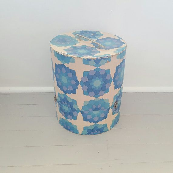 Vintage wallpaper Hat Box 1960's by SheAdoresVintage on Etsy