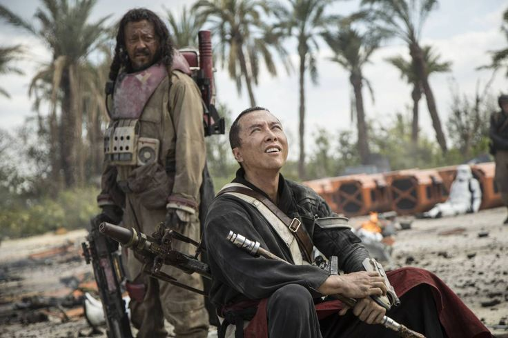 Star Wars Rogue One : The blind Chirrut Imwe (Donnie Yen, right) believes in the Jedi, but his companion Baze Malbus (Jiang Wen) has doubts