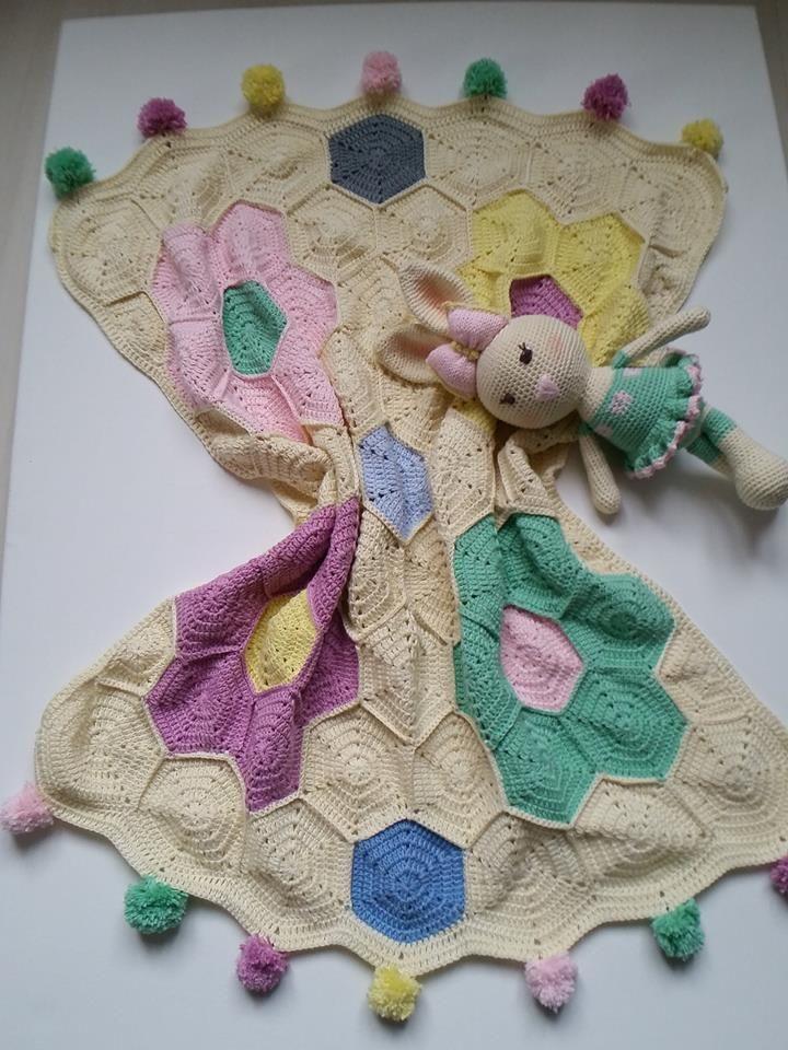Blanket motif amigurumi baby