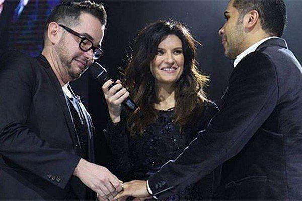 """Mexico: Laura Pausini """"casa"""" a pareja gay"""