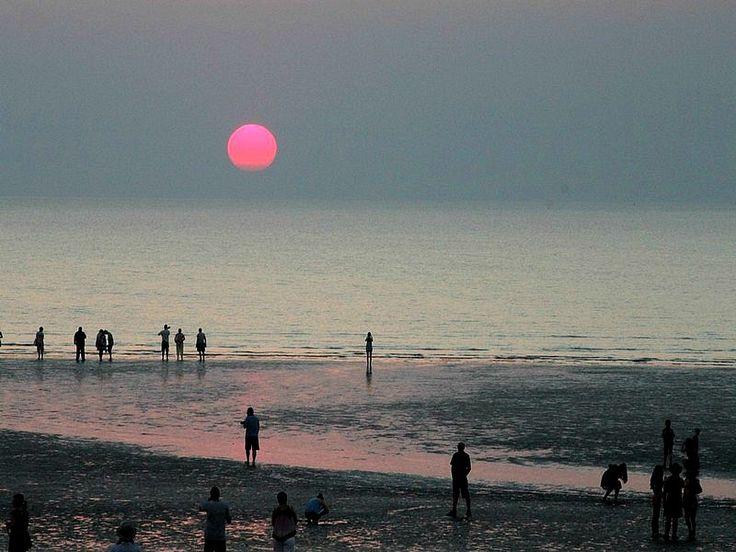 Pink Sunset at Mindel Beach, Darwin, Australia