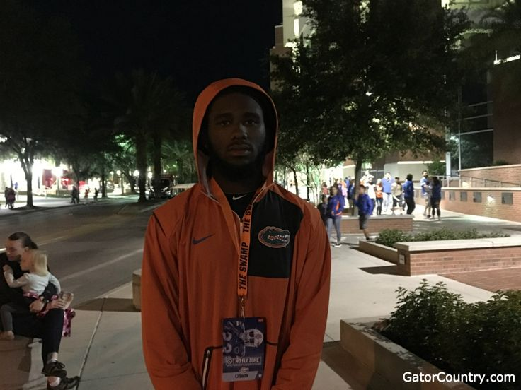 Smith motivated to catch Miami in recruiting: Florida Gators recruiting  -  http://www.thefloridaoracle.com/smith-motivated-to-catch-miami-in-recruiting-florida-gators-recruiting/