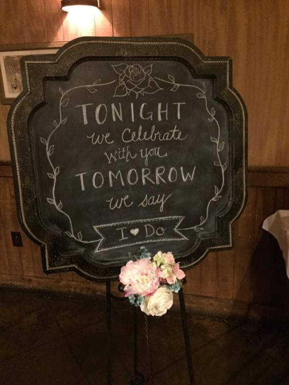 50 Awesome Rehearsal Dinner Decorations Ideas 22