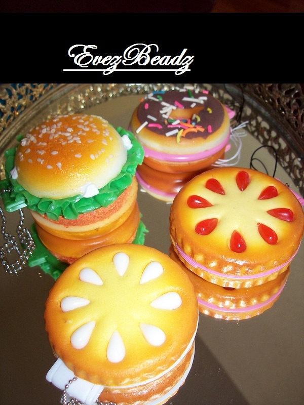 Squishy Burger Mirror : squishy compact mirror cookies -   USD6 evezbeadz @ artfire.com message me Squishes Pinterest ...
