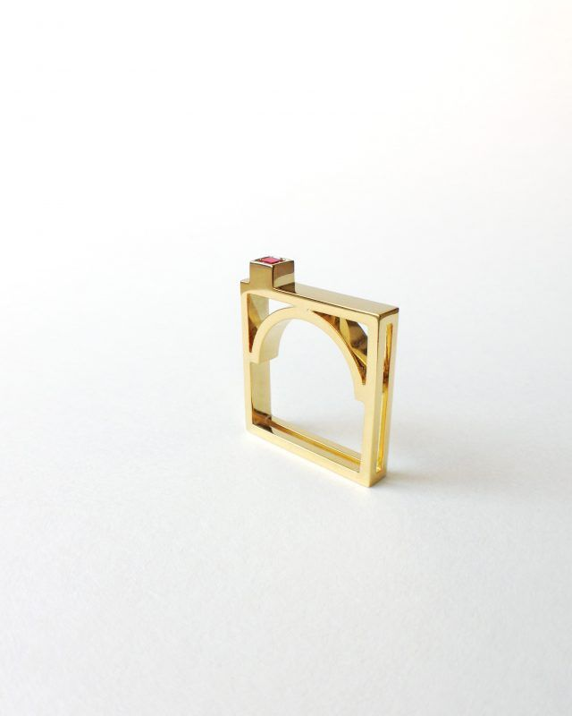 ARCH RING. Geometric Obsession Jewelry Collection #oro #gold #rubies #anello #architecturaljewelry #finejewelry #ring #rubino #ruby #gioielli #jewels #jewel #jewelry SHOP www.danielacoppolino.com