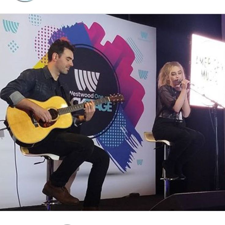 2017 Sabrina Carpenter performs an acoustic set (with David Maemone) at the WWO Backstage on the week-end of the American Music Awards @ Los Angeles, CA (David played lead guitar in 2016 and currently plays keyboard with Sabrina)(Instagram)