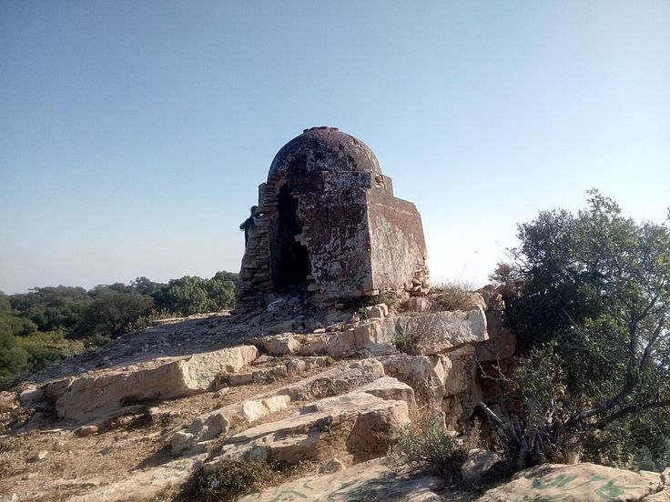 The domed outpost on the western fringe, marking the place of Guru Nanak's penance at Tilla Jogiyan