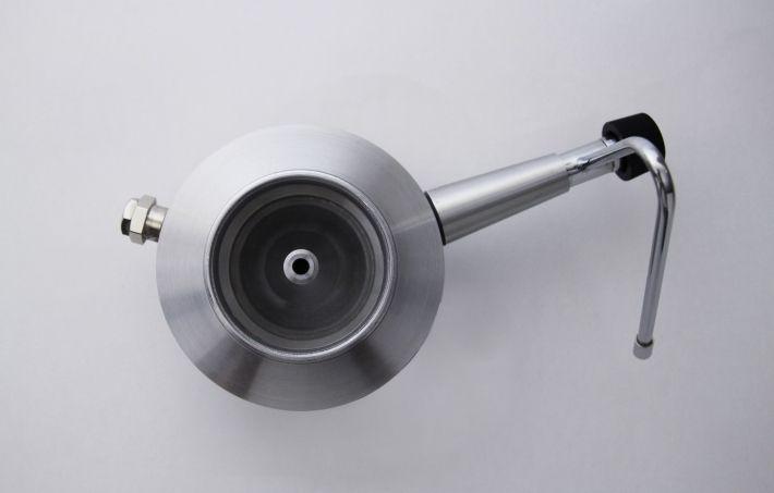 http://pochihlai.com/2012/05/15/moka-milk-frother/    #coffee #machining #design