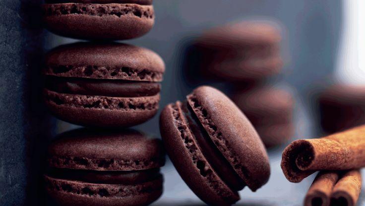 Macarons med mælkechokolade & kanel