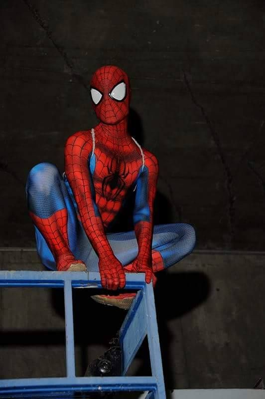 Pin On Marvel Cosplay Spider Man Peter Parker