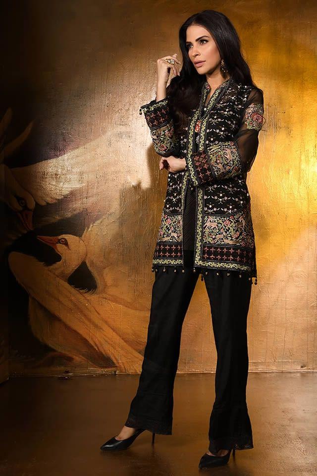 Fascinating Fashion Pakistan S Famous Fashion Designer Wardha Saleem W Fashion Designers Famous Famous Fashion Fashion