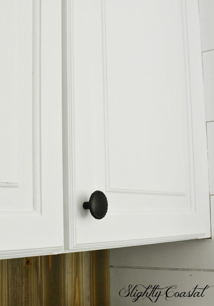 How To Paint Thermofoil Cabinets Thermofoil Cabinets Thermofoil Kitchen Cabinets Kitchen Cabinets
