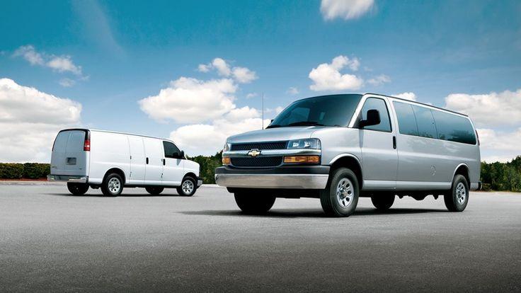 Express®  VANS & COMERCIALES Desde: $511,100*  Motor: V8 6.0 L Seguridad: 6 Bolsas de aire Capacidad de carga: 1880 kg Para pasajeros o carga, la camioneta van Chevrolet Express 2016 está lista para tus necesidades