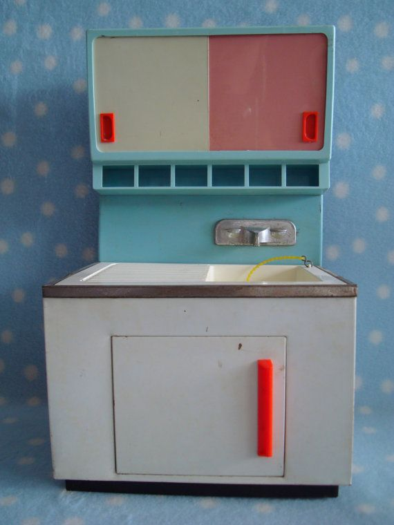 Vintage west german 1950 39 s fuchs tin toy sink 1 6 for German kitchen sinks
