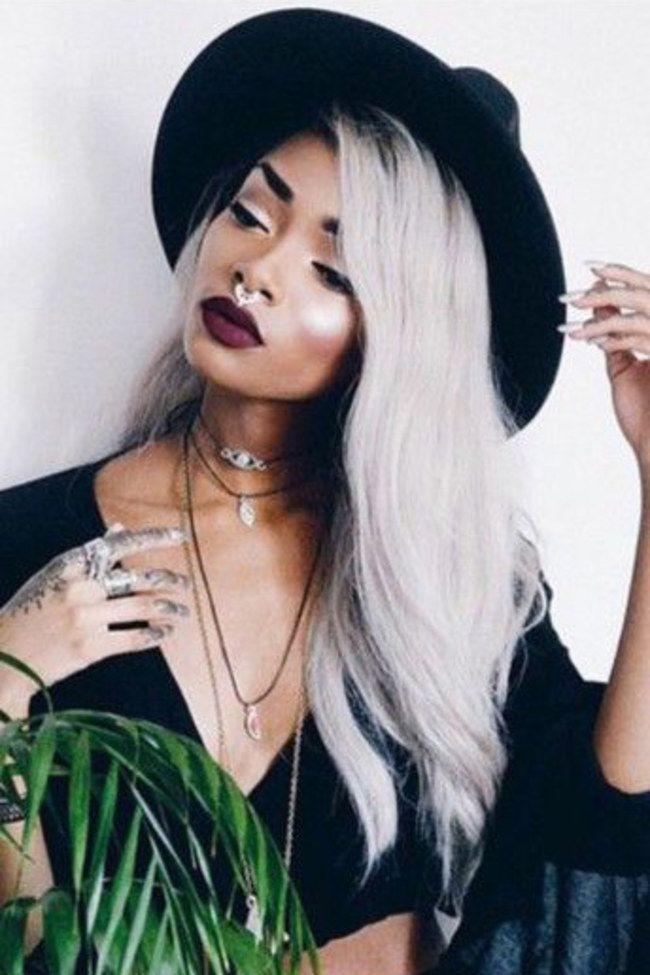 Faux piercing : une tendance sexy adoptés par les créateurs de mode et les fashionistas.