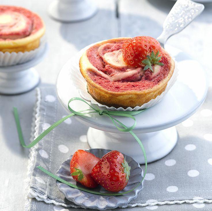 Soms mag een taartje best! Zoals deze Strawberry #Cheesecake met maar 4 ProPoints waarden. #WWrecepten