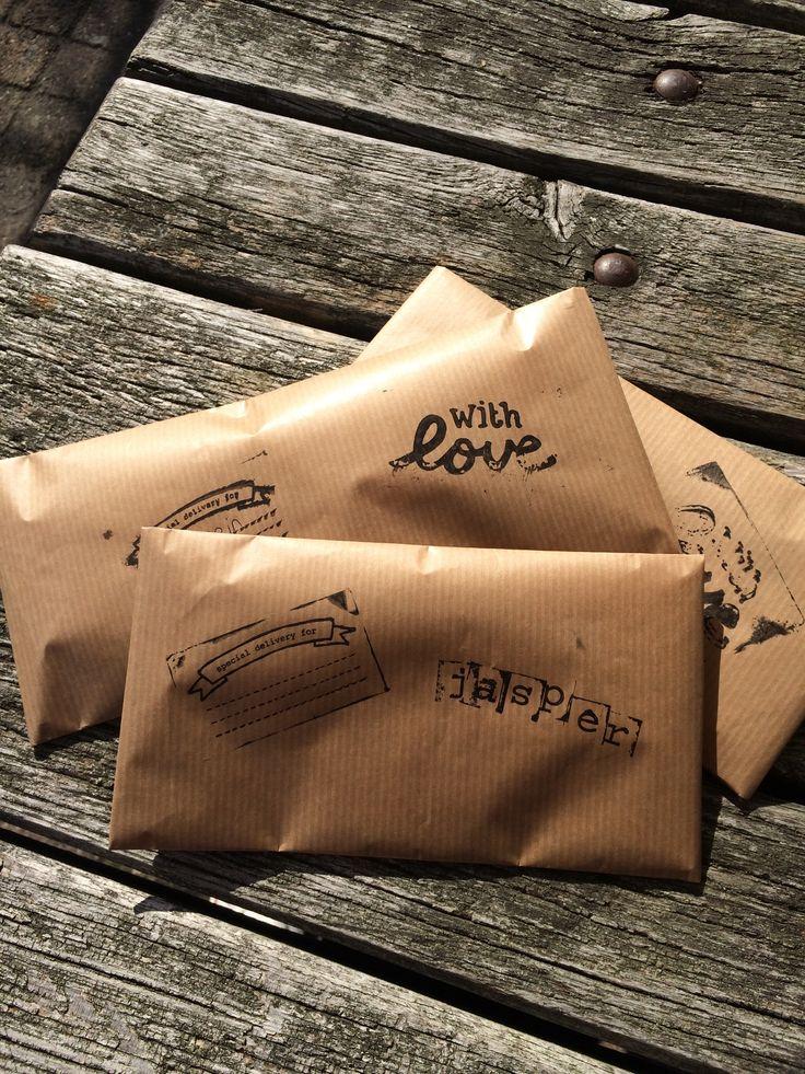 Zelfgemaakte enveloppen voor de armbanden van leer en aluminium!