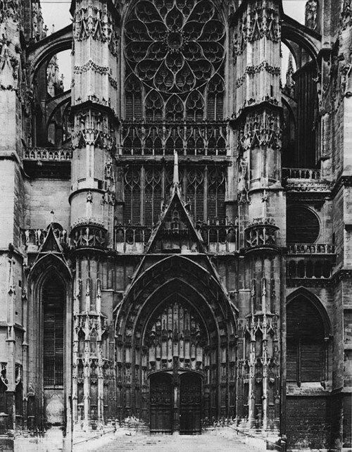 gothic cathedrals research paper Aachen cathedral contents  glazing of the huge gothic window was installed in 1954 (designed by ewald mataré) in 1879-84, a neo-gothic tower was erected on.