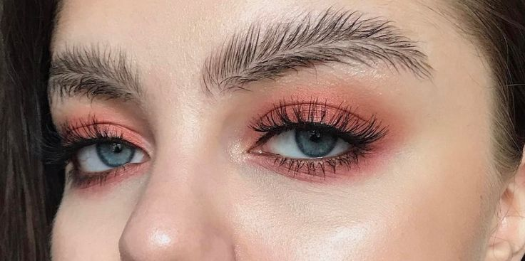 Check out the latest Instagram trend - feather brows! Love it or hate it?