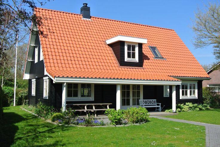 Finnhouse 3295 Domburg Loghome met veranda