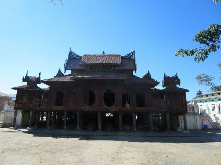 Shwe Yan Pyay Kloster – Von den Stimmen der Mönche erfüllt